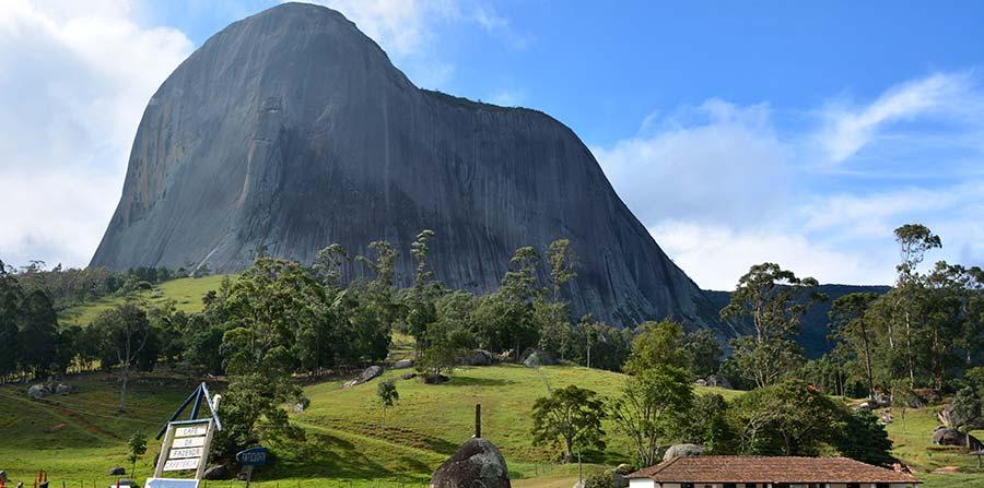 Excursão para Réveillon na Montanha em Pedra Azul ES