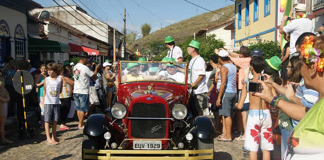 Excursão para Carnaval Antigo em Conservatória RJ
