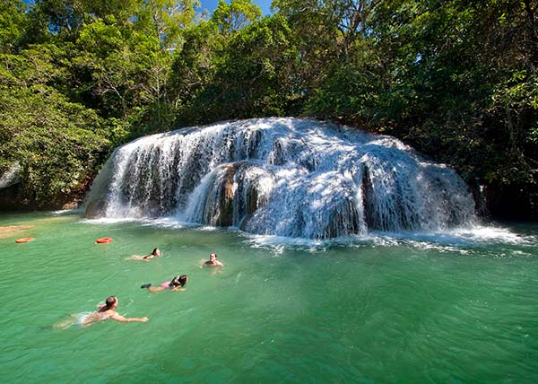 Cachoeira na Estância Mimosa - Bonito MS