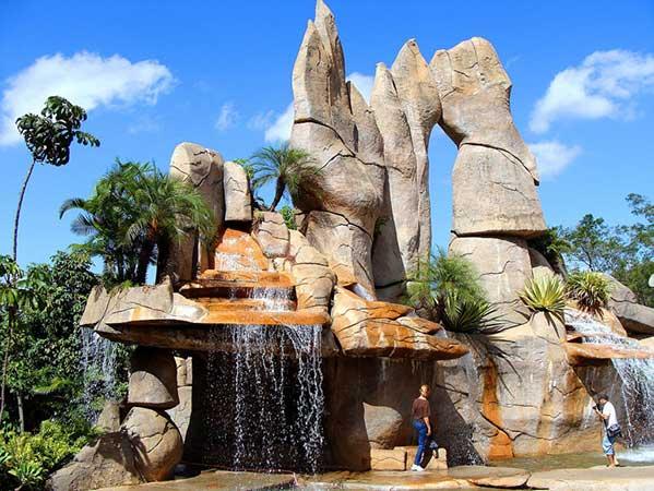 Monumento das Águas - Caldas Novas Goiás
