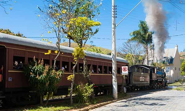 Estação Ferroviária de Passa Quatro MG